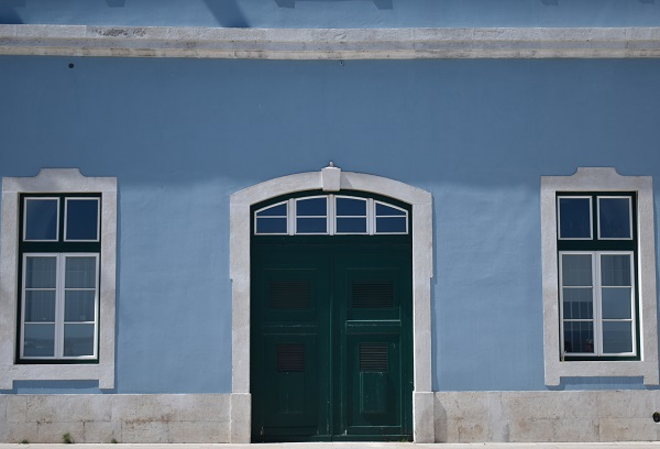 alitcofsky-blue-wall - Copy