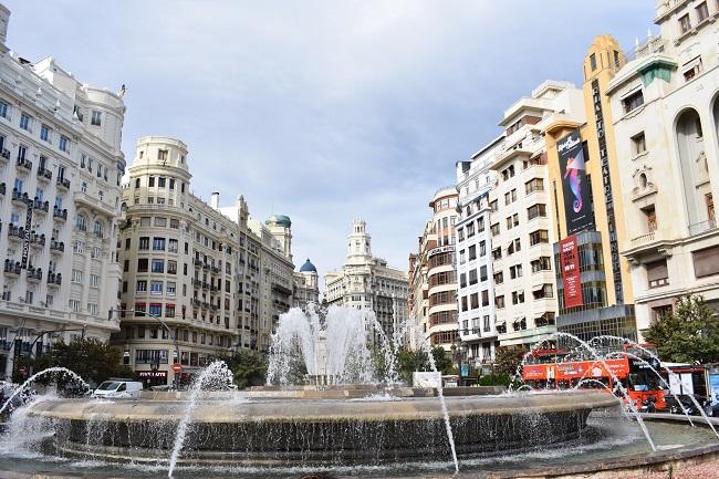 The beautiful façades of buildings in the Plaza del Ayuntamiento in València
