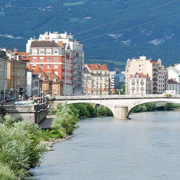 Study + Internship in Grenoble