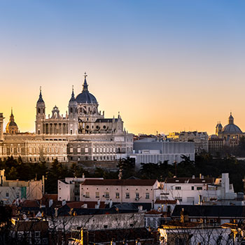 Study + Internship in Madrid