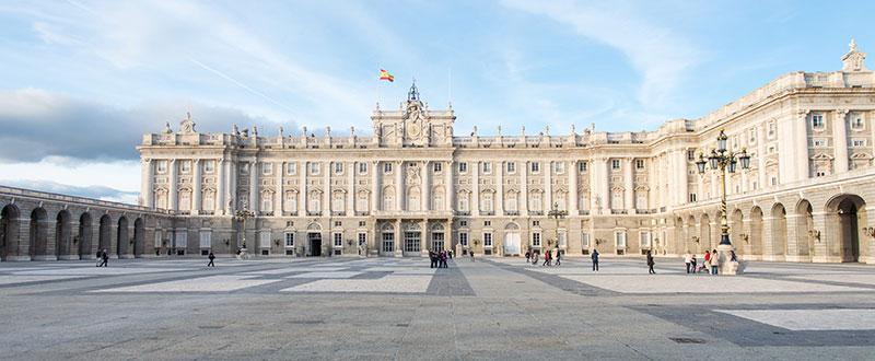 september_newsletter_article1_Madrid-Internships_800X300